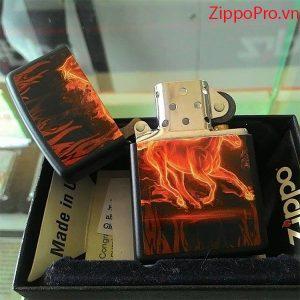 Zippo Horse Flaming Black Matte - Mã: 28304