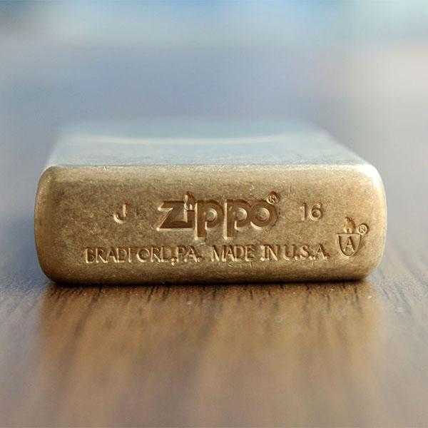 Zippo Armor Tumbled Brass - Mã: 28496