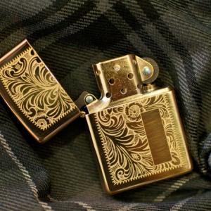 Zippo Venetian Brass - Mã: 352B